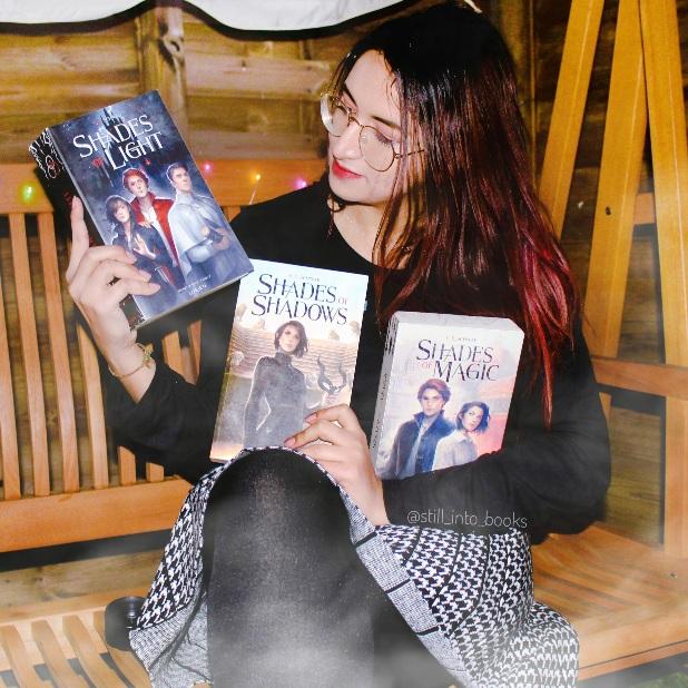 avatar Still_into_books