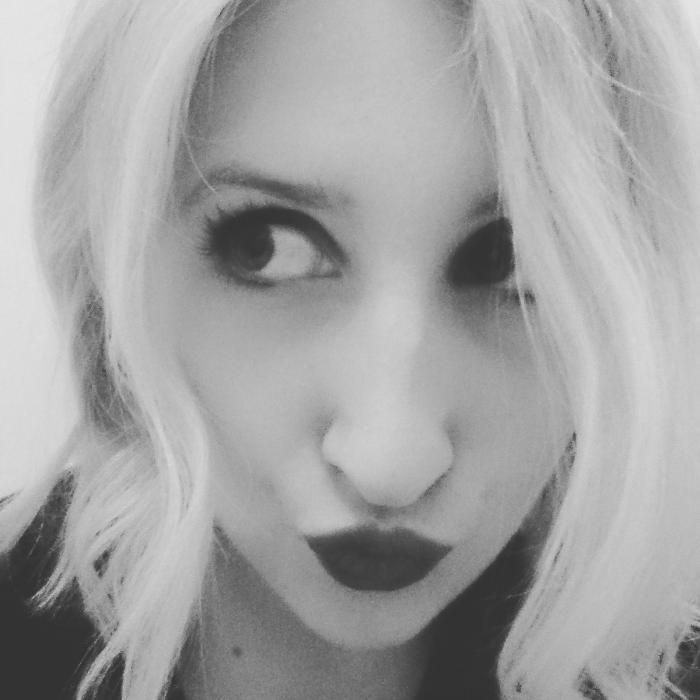 avatar LanaBanana