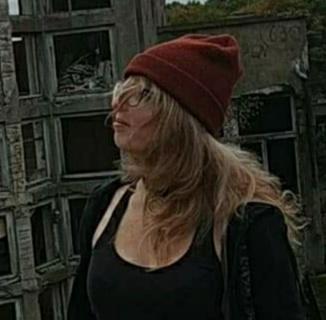 avatar Gabrielle Askell Naer