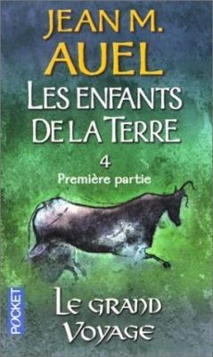 Couverture Les Enfants de la Terre (pocket), tome 4, partie 1 : Le Grand Voyage
