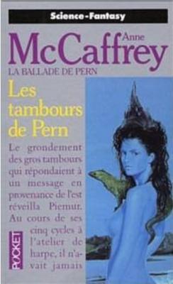 Couverture La Ballade de Pern, tome 08 : Les Tambours de Pern