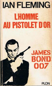 Couverture James Bond, tome 13 : L'homme au pistolet d'or