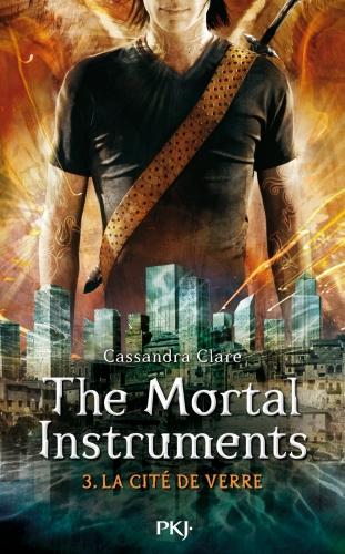 Couverture La Cité des Ténèbres, tome 3 : Le Miroir mortel / The Mortal Instruments, tome 3 : La Cité de Verre