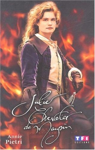 Couverture Julie, chevalier de Maupin