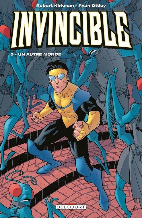 Couverture Invincible, tome 05 : Un autre monde