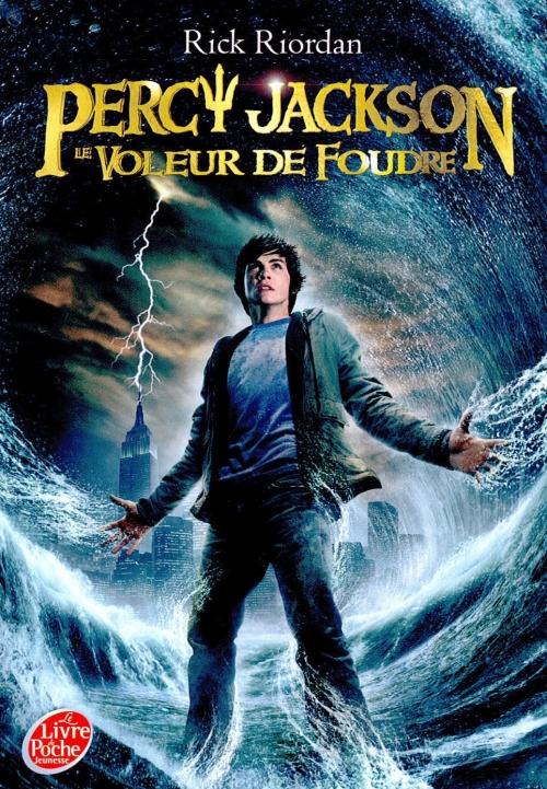 Couverture Percy Jackson, tome 1 : Le voleur de foudre