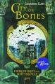 Couverture La Cité des ténèbres / The Mortal Instruments, tome 1 : La Coupe mortelle / La Cité des ténèbres Editions Arena 2008
