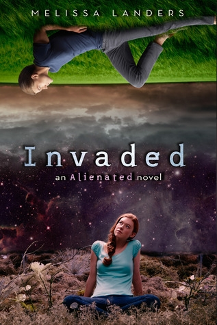 Couverture Alienated, book 2 : Invaded