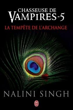 Couverture Chasseuse de vampires, tome 05 : La tempête de l'archange