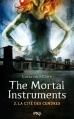 Couverture La Cité des Ténèbres, tome 2 : L'Épée mortelle / The Mortal Instruments, tome 2 : La Cité des Cendres Editions 12-21 2013