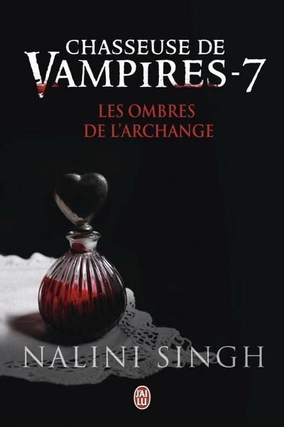 Couverture Chasseuse de vampires, tome 07 : Les ombres de l'archange