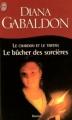 Couverture Le chardon et le tartan (13 tomes), tome 02 : Le bûcher des sorcières Editions J'ai Lu 2002