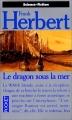 Couverture Le monstre sous la mer / Le dragon sous la mer Editions Pocket (Science-fiction) 1993