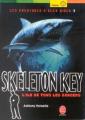 Couverture Alex Rider, tome 03 : Skeleton Key : L'île de tous les dangers / Skeleton Key Editions Le Livre de Poche (Jeunesse - Policier) 2004