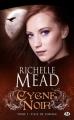 Couverture Cygne noir, tome 1 : Fille de l'orage Editions Milady 2010
