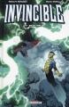 Couverture Invincible, tome 15 : Petit malin Editions Delcourt (Contrebande) 2015