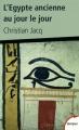 Couverture L'Egypte ancienne au jour le jour Editions Perrin (Tempus) 2012