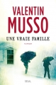 Couverture Une vraie famille Editions Seuil 2015
