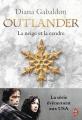 Couverture Le chardon et le tartan, tome 6 : Un tourbillon de neige et de cendre, partie 1 / La neige et la cendre Editions J'ai Lu 2015