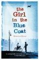 Couverture Une fille au manteau bleu Editions Macmillan 2016