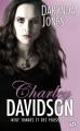 Couverture Charley Davidson, tome 09 : Neuf tombes et des poussières Editions Milady (Bit-lit) 2016