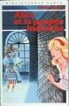 Couverture Alice et la poupée indienne Editions Hachette (Bibliothèque verte) 1985