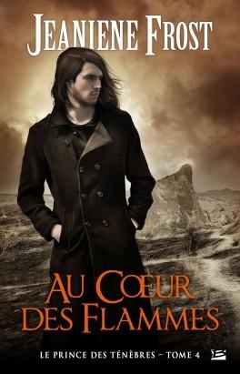 Couverture Le prince des ténèbres, tome 4 : Au coeur des flammes