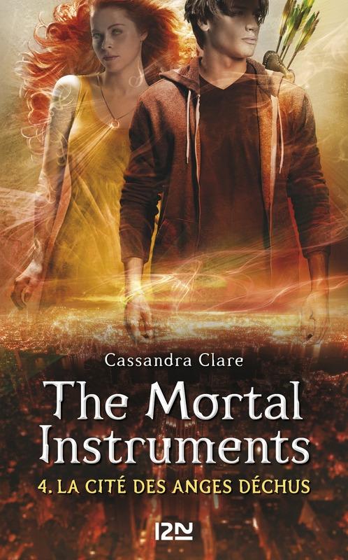 Couverture La cité des ténèbres / The mortal instruments, tome 4 : Les anges déchus / La cité des anges déchus