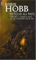 Couverture Retour au Pays : Prélude à L'assassin royal et aux Aventuriers de la mer Editions J'ai Lu 2006