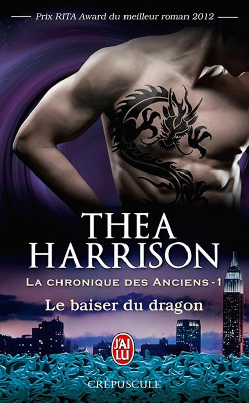 Couverture La chronique des anciens, tome 1 : Le baiser du dragon