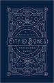 Couverture La cité des ténèbres / The mortal instruments, tome 1 : La coupe mortelle / La cité des ténèbres Editions Margaret K. McElderry Books 2017