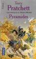 Couverture Les Annales du Disque-Monde, tome 07 : Pyramides Editions Pocket (Fantasy) 2001