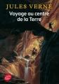 Couverture Voyage au centre de la terre Editions Le Livre de Poche (Jeunesse) 2014