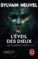 Couverture Les dossiers Thémis, tome 2 : L'éveil des dieux Editions Le Livre de Poche 2017