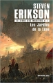 Couverture Le livre des martyrs (10 tomes), tome 01 : Les jardins de la lune Editions Leha 2018