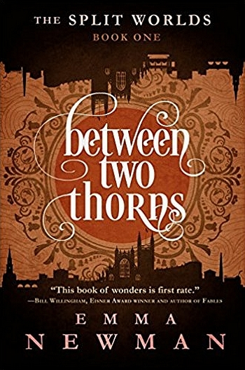 Couverture The Split Worlds, book 1: Between Two Thorns