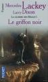 Couverture La Guerre des Mages, tome 1 : Le Griffon Noir Editions Pocket (Fantasy) 2001