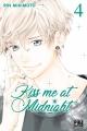 Couverture Kiss me at midnight, tome 04 Editions Pika (Shôjo - Cherry blush) 2018
