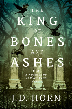 Couverture Witches of New Orleans, book 1: The King of Bones and Ashes