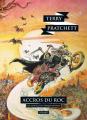 Couverture Les Annales du Disque-Monde, tome 16 : Accros du roc Editions L'Atalante (La Dentelle du cygne) 2016