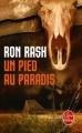Couverture Un pied au paradis Editions Le Livre de Poche (Policier) 2011