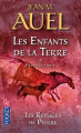 Couverture Les Enfants de la Terre (pocket), tome 5, partie 1 : Les Refuges de pierre Editions Pocket 2013