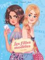 Couverture Les filles modèles (BD), tome 1 : Guerre froide Editions Kennes 2019