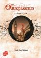 Couverture Les Outrepasseurs, tome 3 : Le libérateur Editions Le Livre de Poche (Jeunesse) 2020