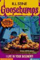 Couverture La bête de la cave / Qui se cache au sous-sol ? Editions Scholastic 1997