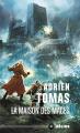 Couverture Les Six Royaumes, tome 2 : La Maison des Mages Editions Mnémos (Hélios) 2020