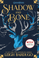 Couverture Grisha, tome 1 : Les orphelins du royaume / Shadow and Bone Editions Macmillan 2021