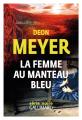 Couverture La Femme au manteau bleu Editions Gallimard  (Série noire) 2021