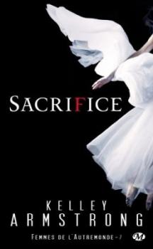 Couverture Femmes de l'Autremonde, tome 07 : Sacrifice