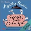 Couverture Agatha Raisin enquête, tome 26 : Secrets sur canapé Editions Audible studios 2021